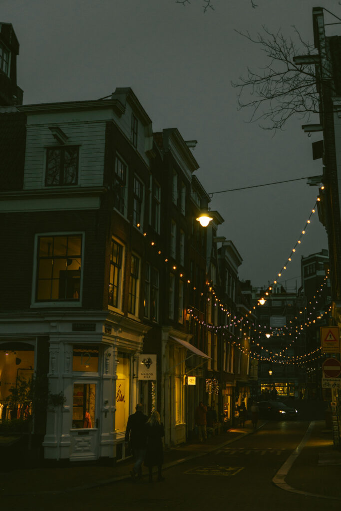date stroll in the evening, Amsterdam