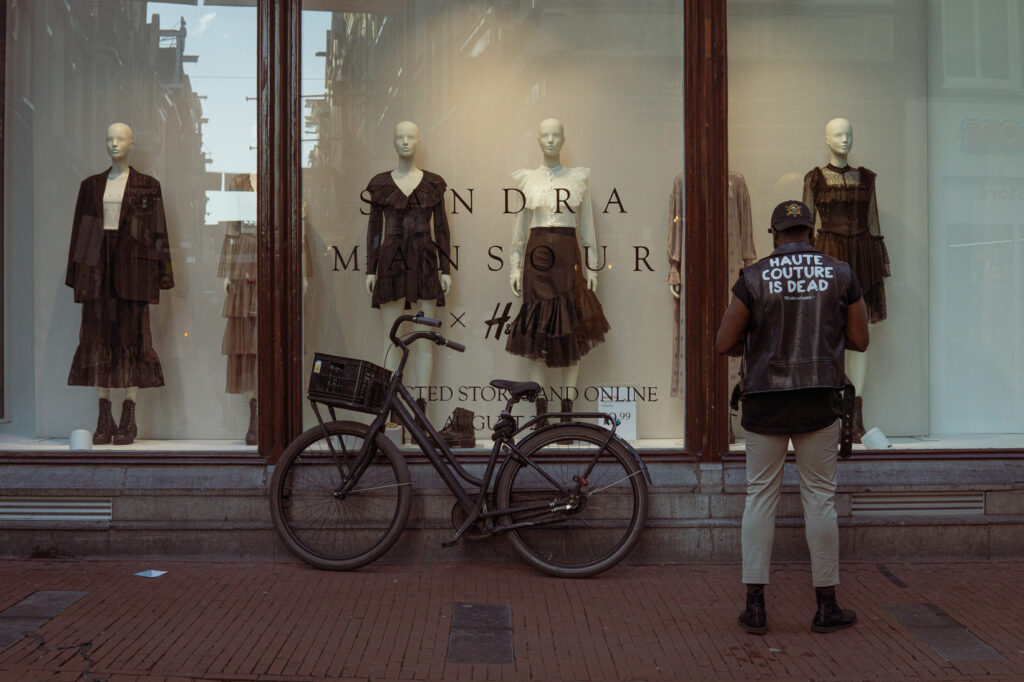 Haute Couture is Dead, H&M store Kalverstraat
