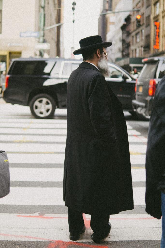 hasidic man in Manhattan