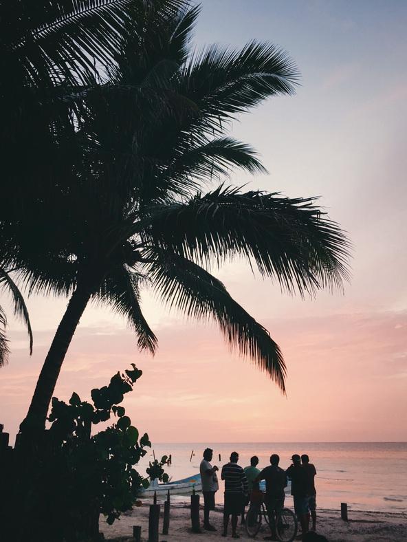 having chelas for sunset