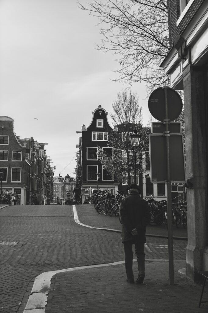 older gentleman in the Jordaan Amsterdam